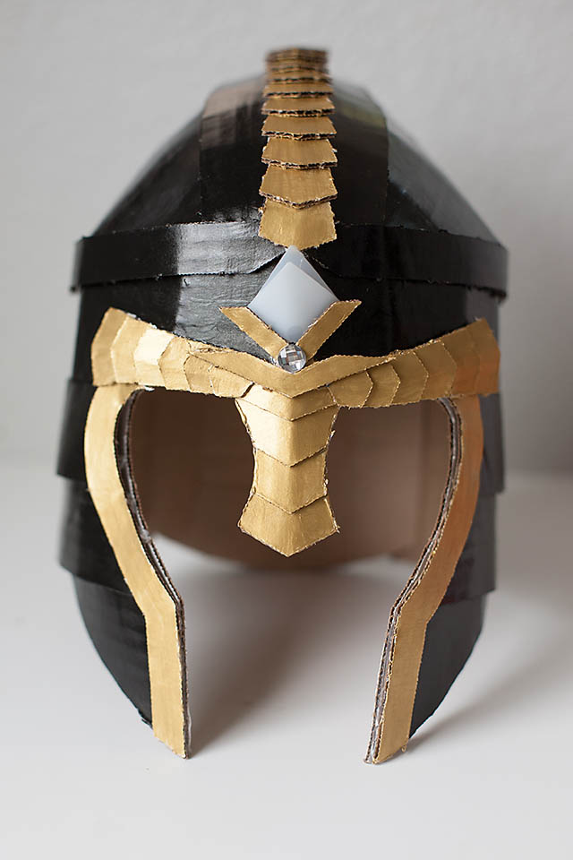 Crafteeo DIY Cardboard Warrior Helmets