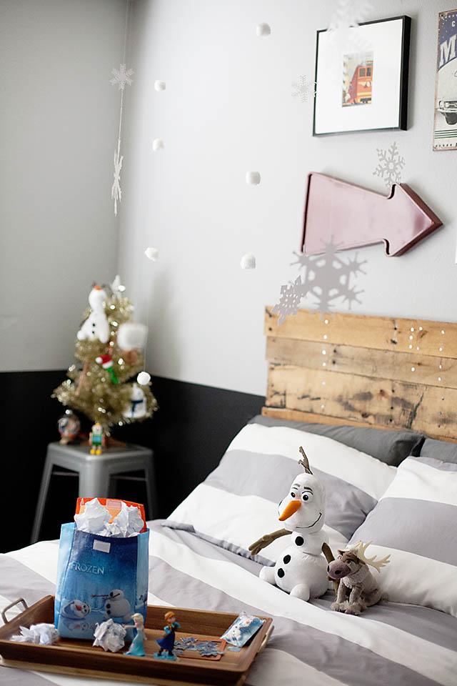 Frozen Bedroom surprise