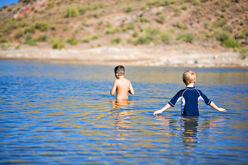 Underwater viewer - fun outdoor summer activity