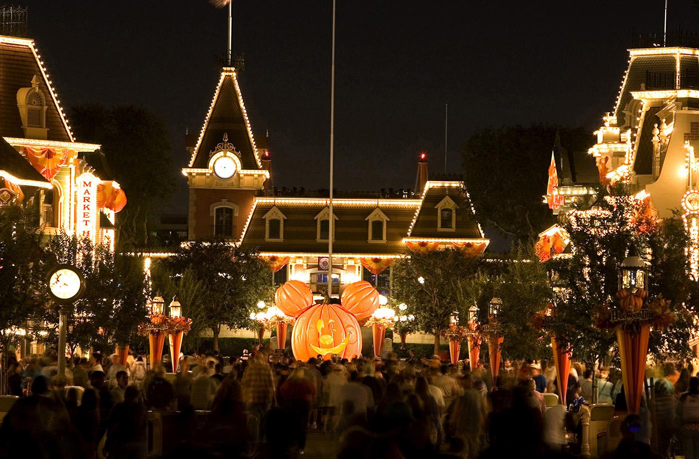 HALLOWEEN TIME:  Main Street
