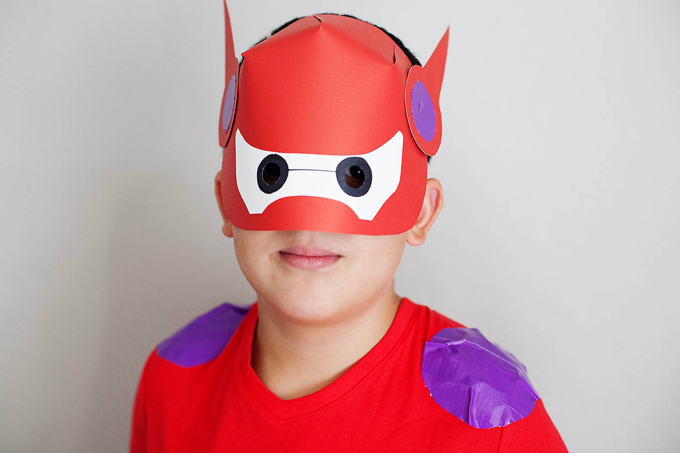 DIY Baymax costume (2 ways!)
