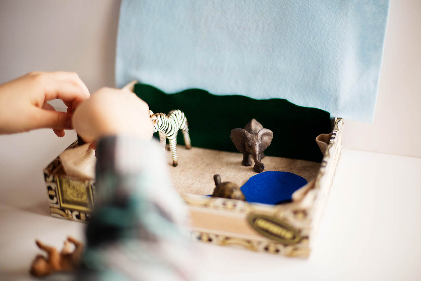DIY Quiet travel animal playset