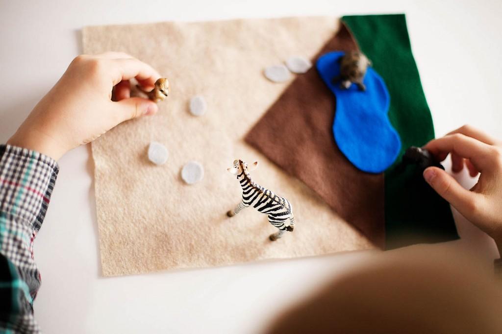 DIY Quiet travel animal playset
