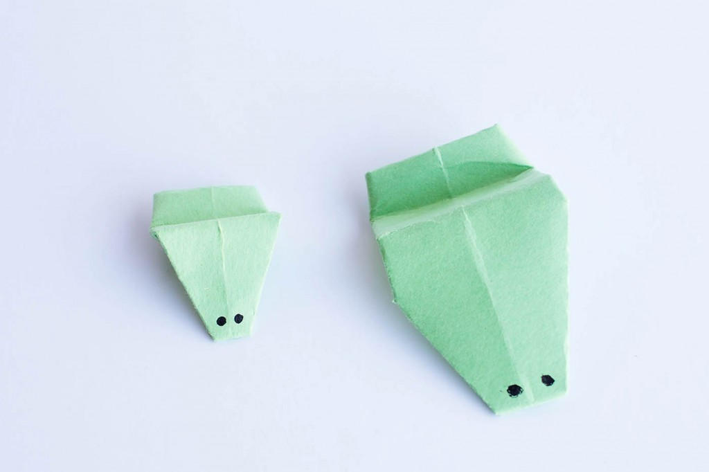 Easy Origami – Jumping Frog
