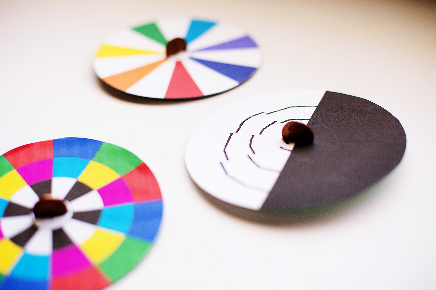diy spinning top optical illusion toys all for the boys