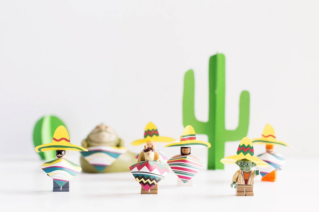 Printable Minifigure Sombrero Y Poncho