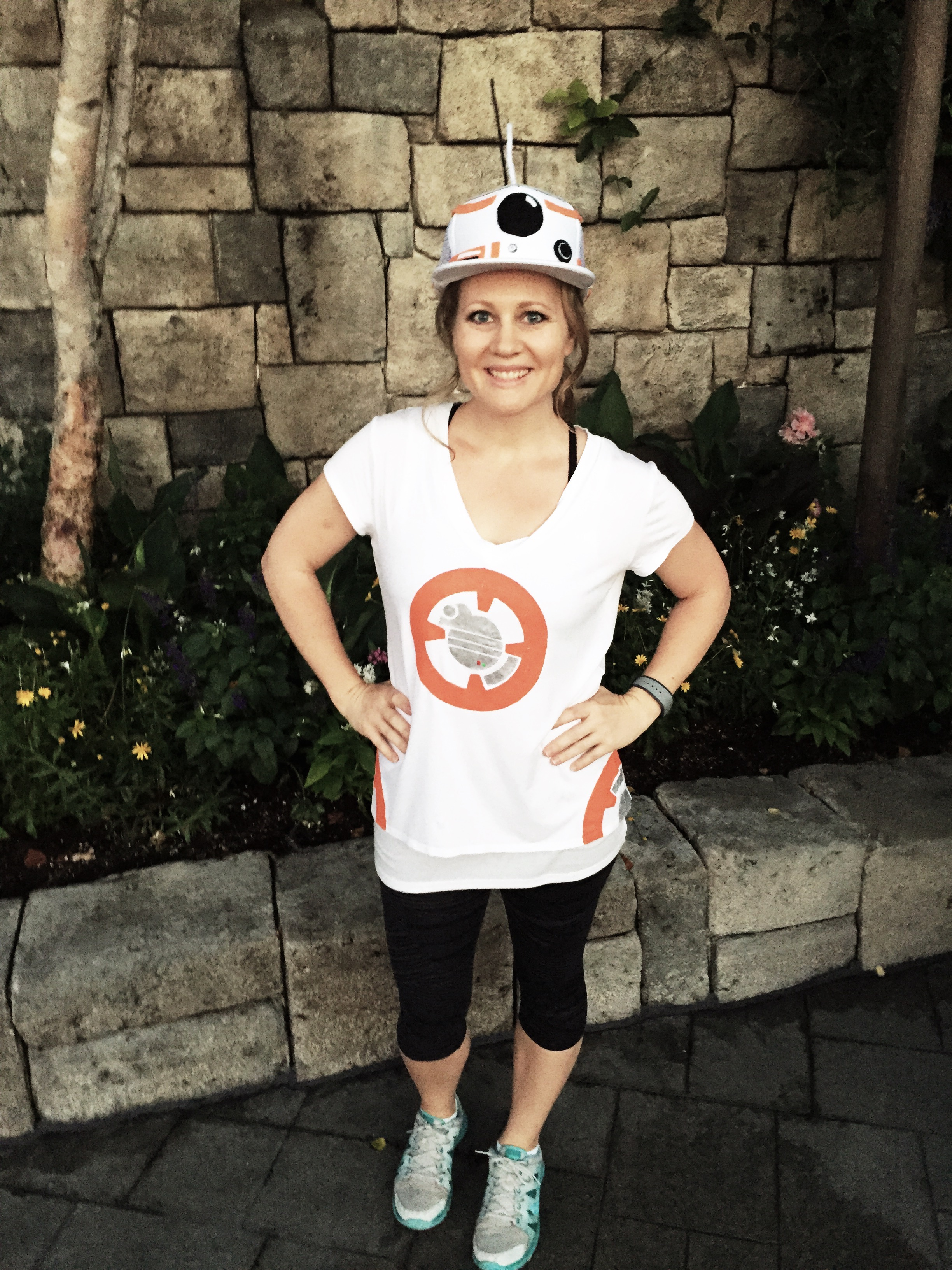 DIY BB-8 Droid Costume - hat and shirt!