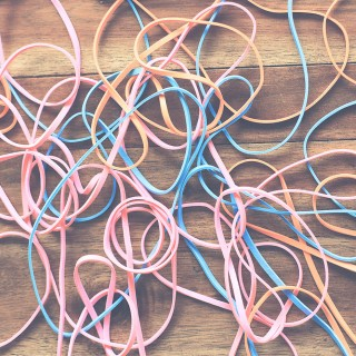 5 Rubber Band Tricks for Kids