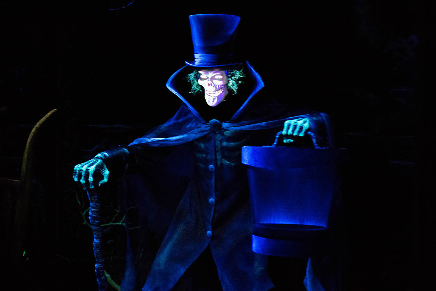 Hatbox Ghost at Disneyland