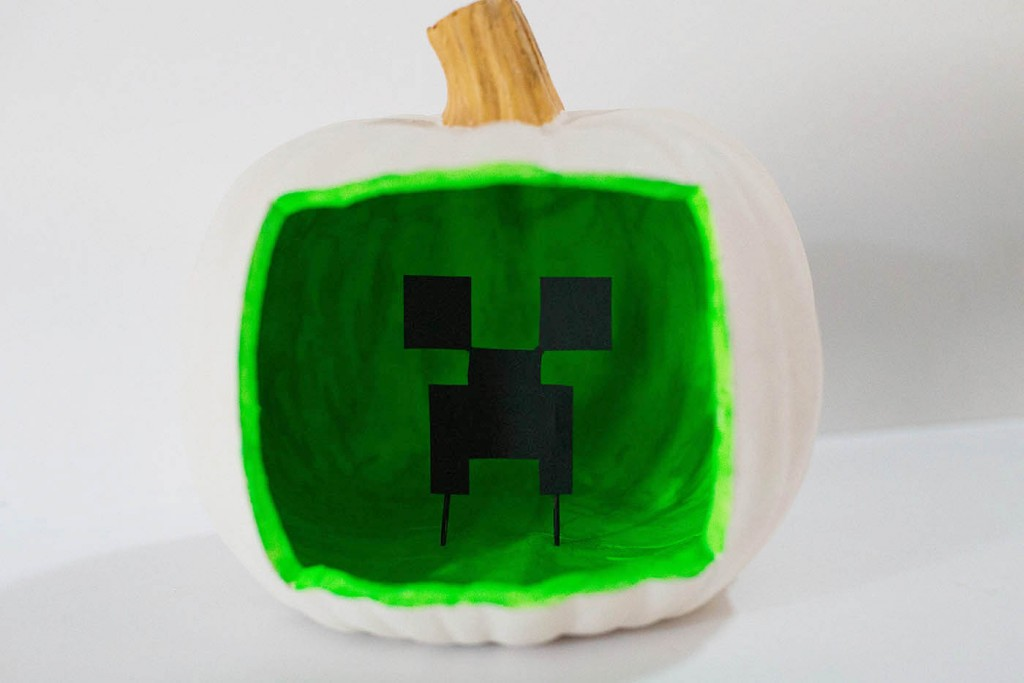 Creeper Shadowbox Pumpkin