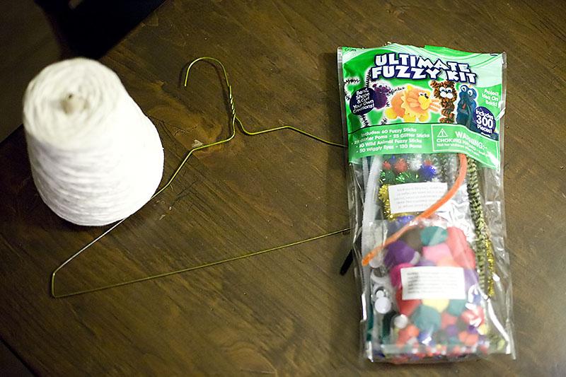 DIY hanger spider and spiderweb craft