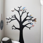 Thankful Photo Tree - a fun family Thanksgiving project! Use photos or just write what you're thankful for onto paper leaves