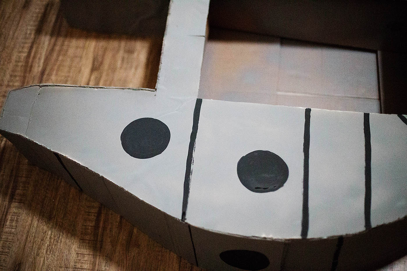 How to build a cardboard Millennium Falcon
