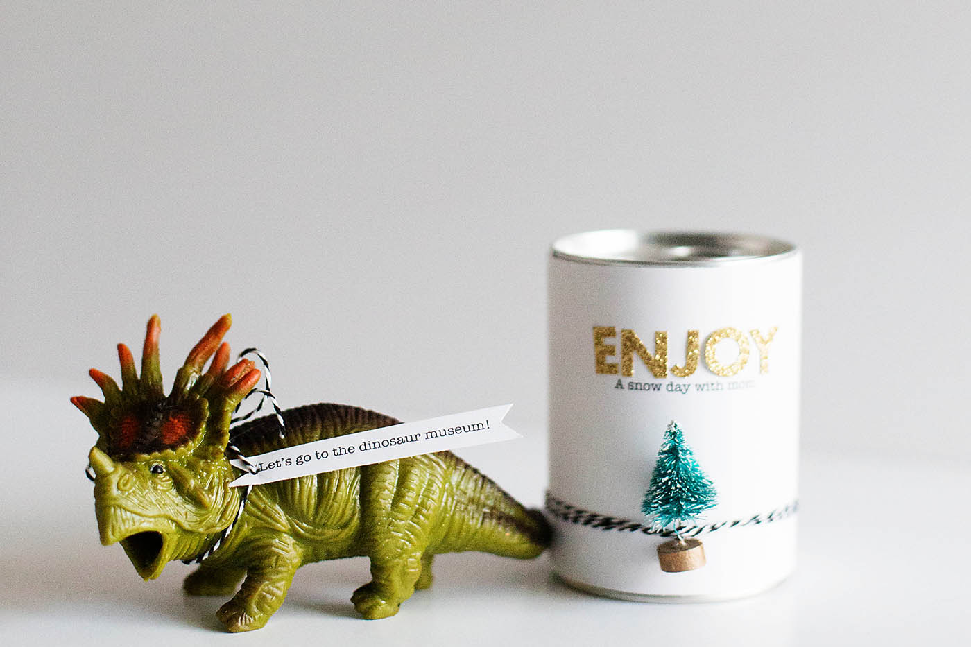 Fun ways to wrap up gifts of experiences.