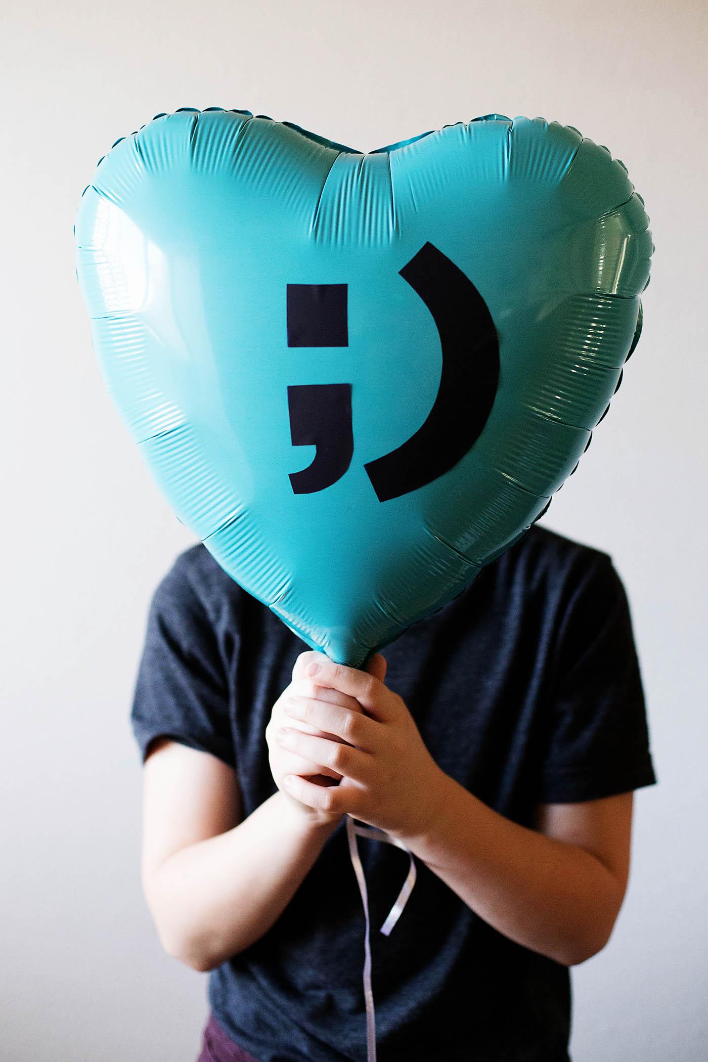 DIY Valentine Balloon Idea