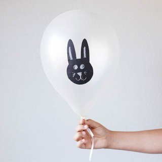 Easy Easter Balloons