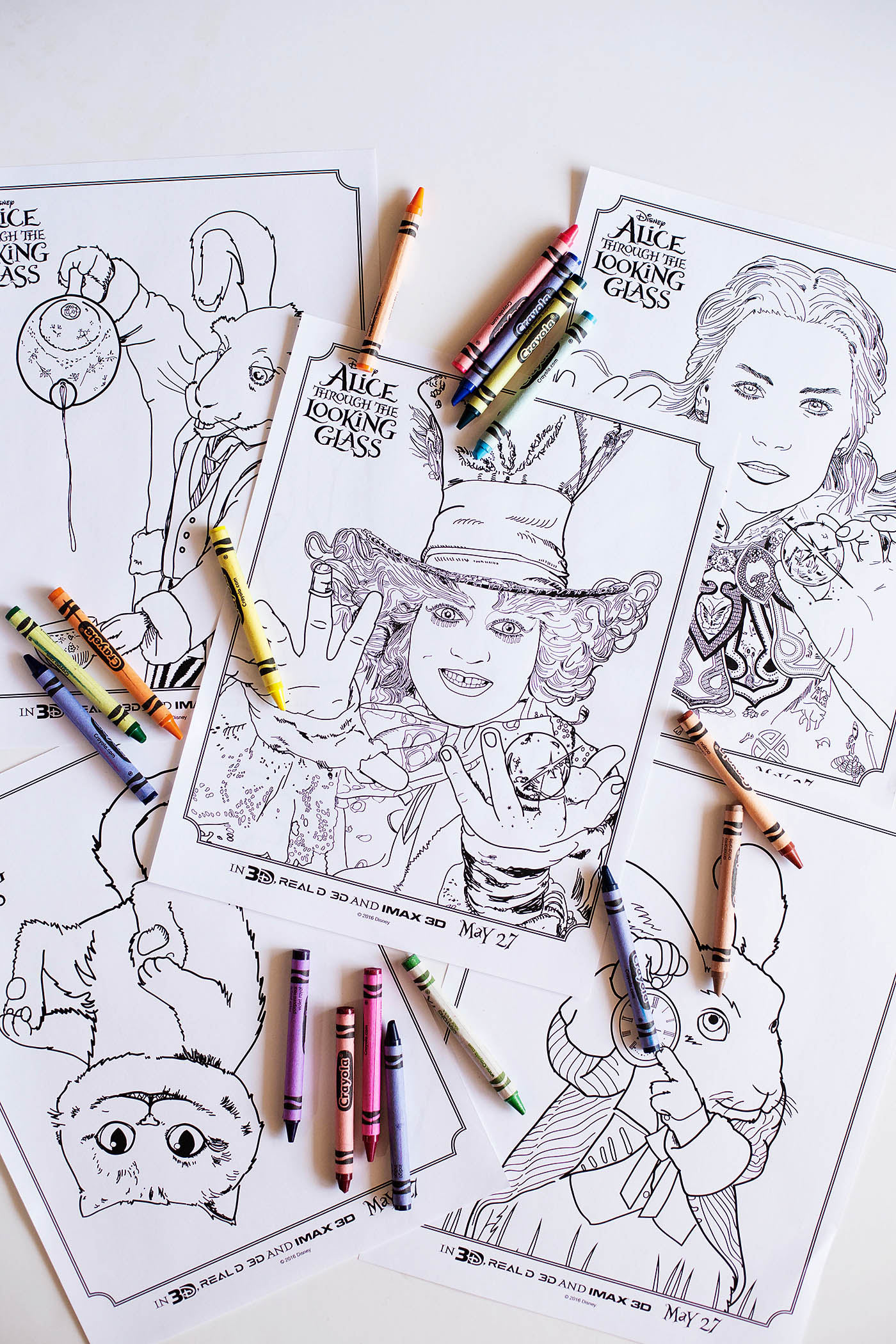 Disney's Alice Through the Looking Glass printable activities including a maze, find the difference, coloring pages, a giant floor puzzle and bookmarks!