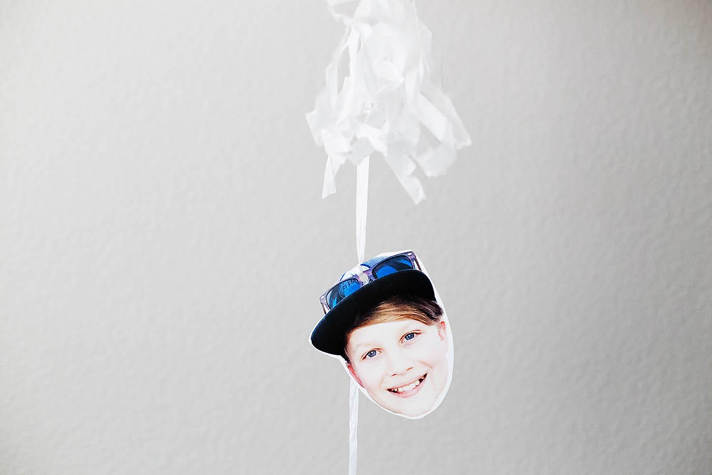 DIY photo balloon garland - SUCH a cute gift idea!