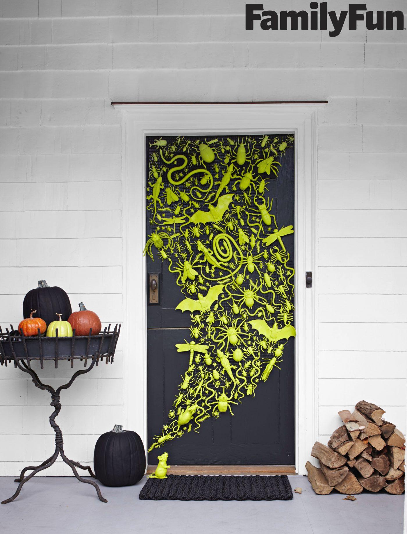 Door Swarmed - easy DIY Halloween decor idea