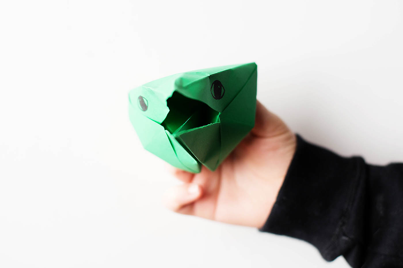Easy origami dragon head