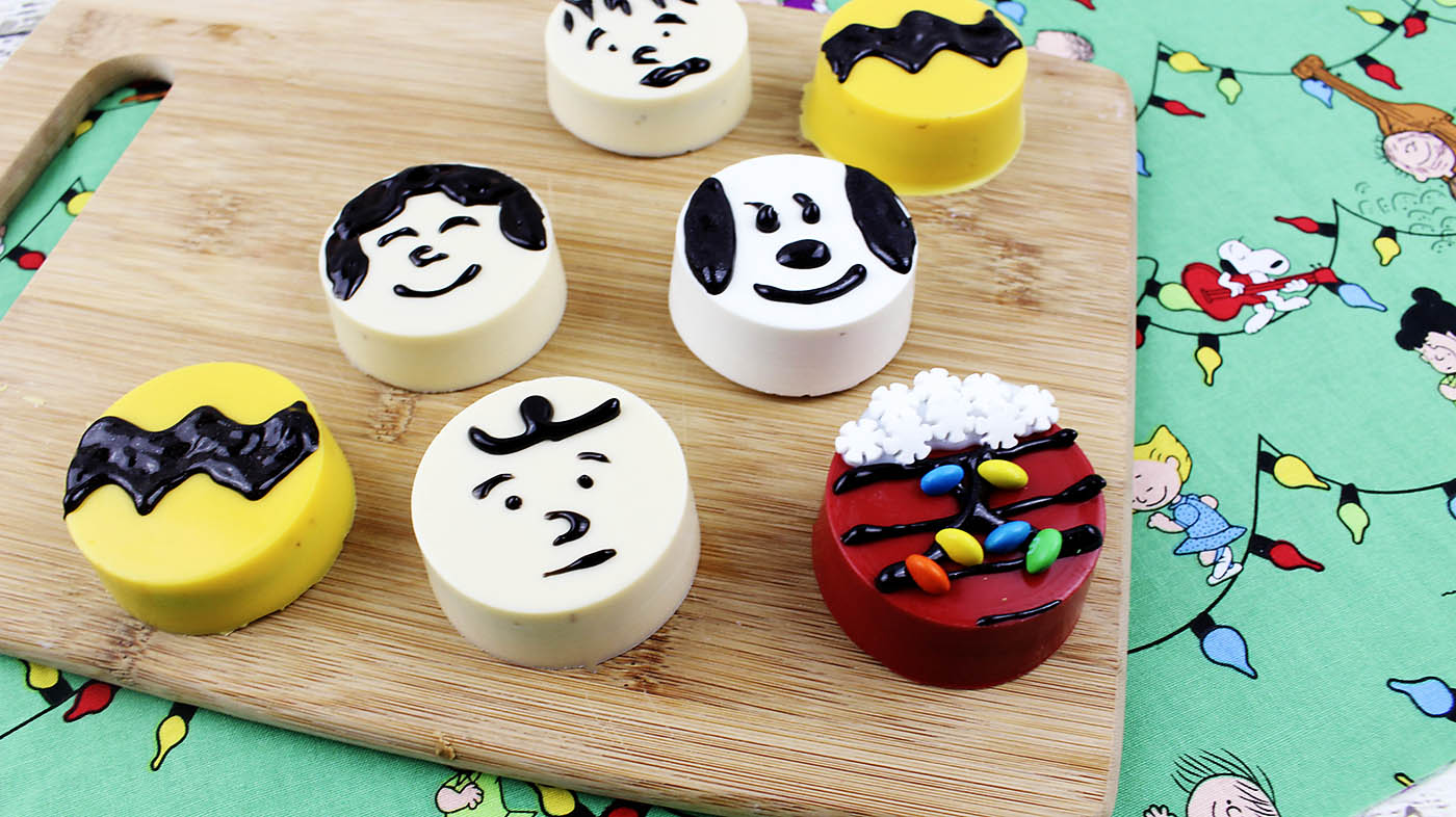 "How to make ""The Peanuts Gang"" cookies including Charlie Brown, Snoopy, Lucy and Linus!"