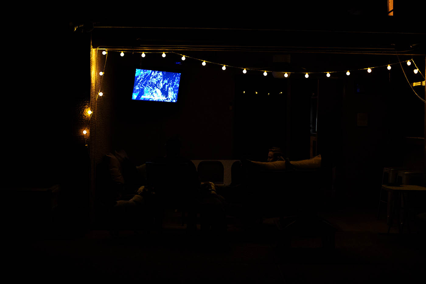 How to create the perfect outdoor movie space on a limited budget