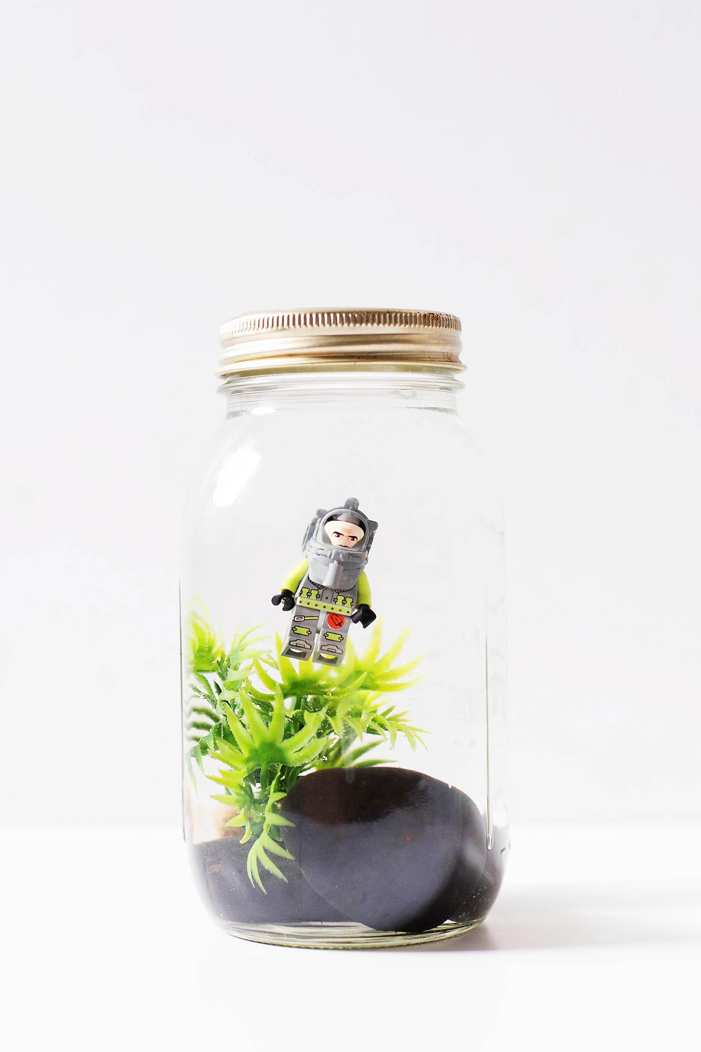 DIY toy aquarium jar