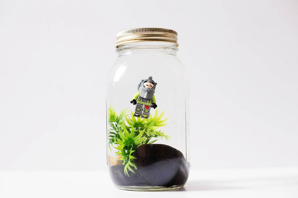 DIY LEGO Mason Jar Aquarium