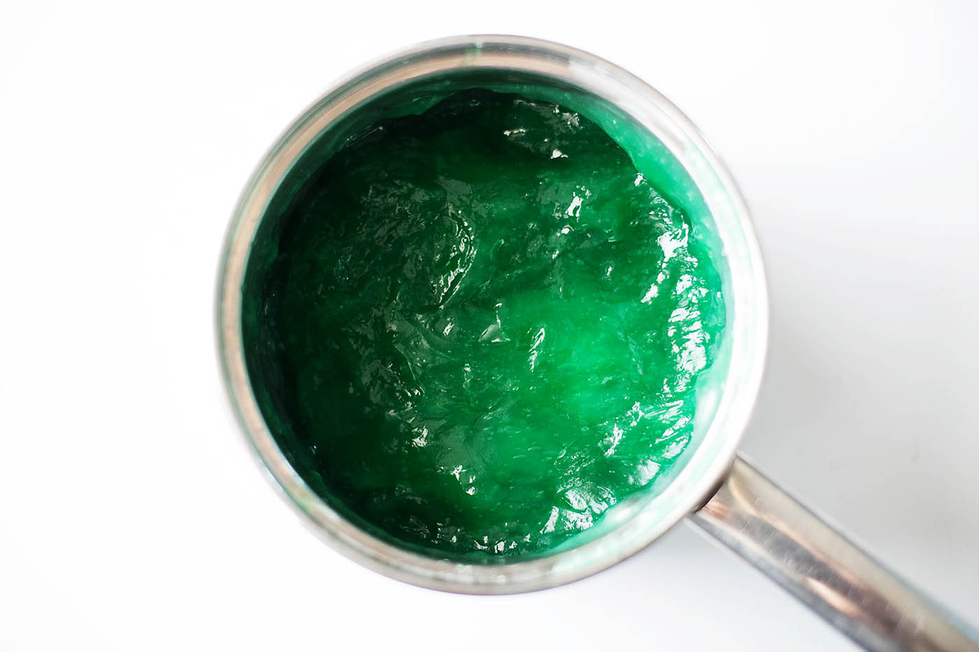 An easy and safe slime recipe using only 3 food safe ingredients. Nice and slimy, sticky and stretchy!