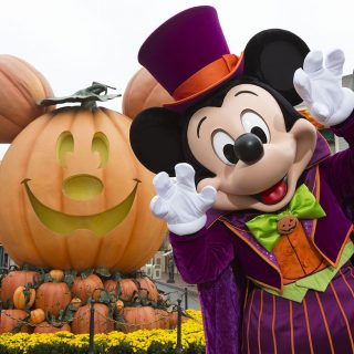 Halloween Time at Disneyland 2017 - what to expect and how to SAVE on your visit!