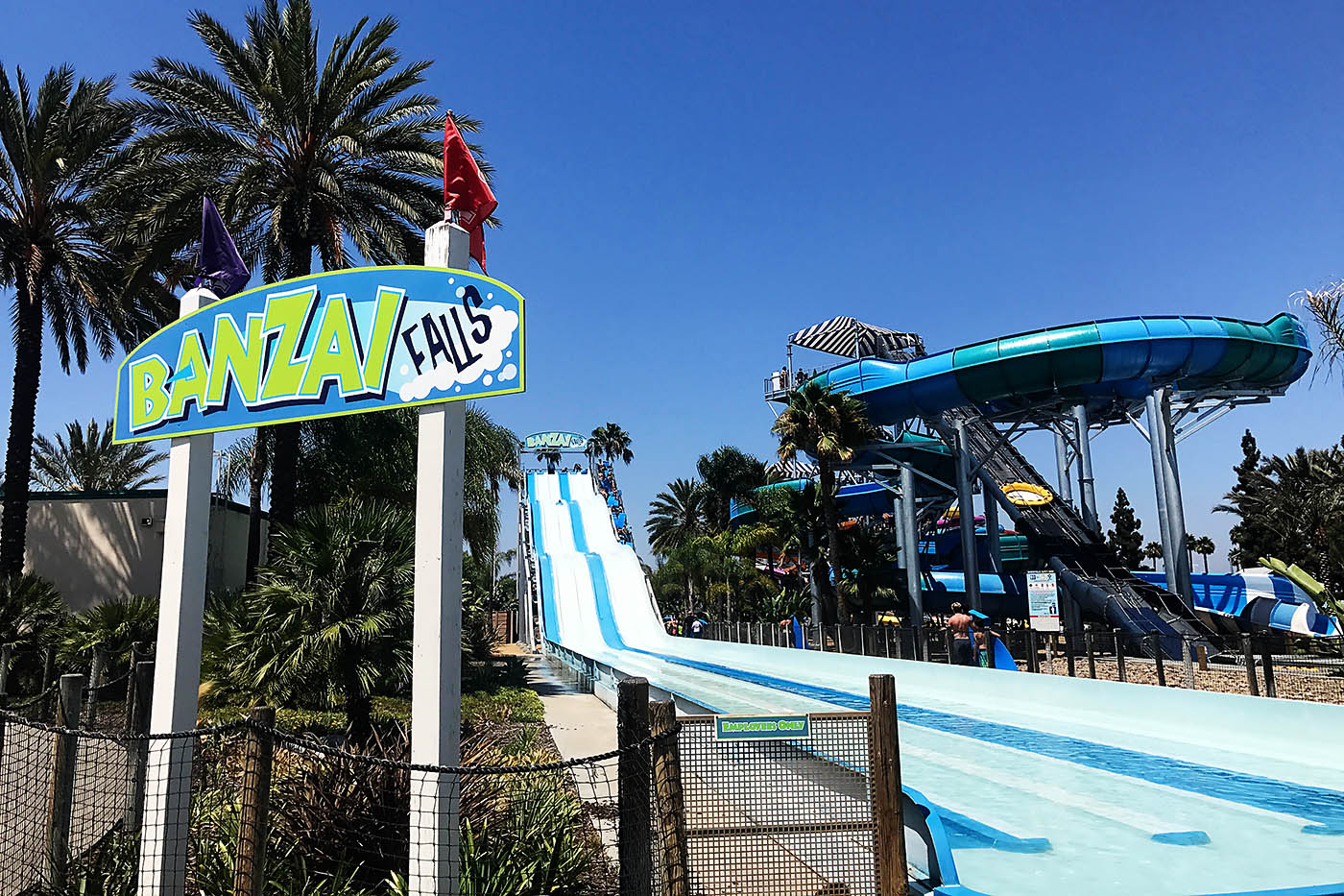 Tips for visiting Knott's Berry Farm AND Soak City in 1 day!
