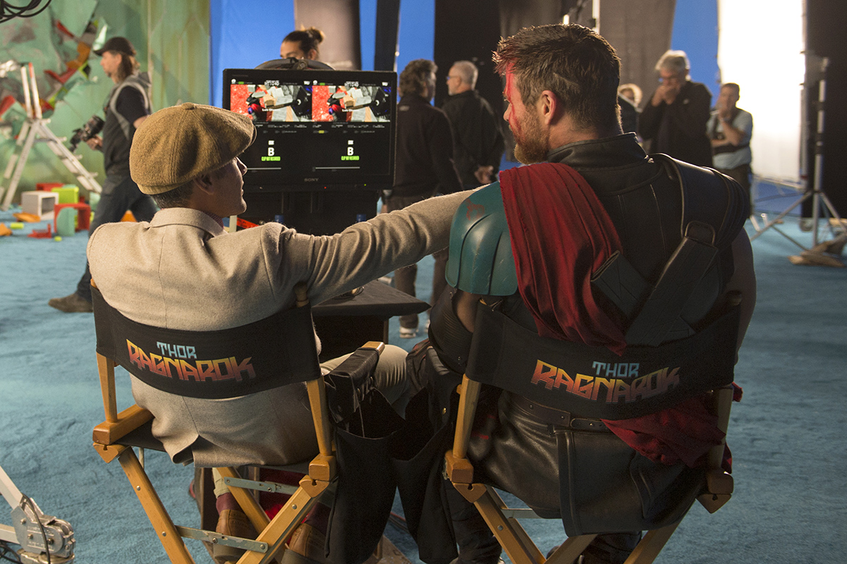 Marvel Studios Thor: Ragnarok..On set with Director Taika Waititi and Chris Hemsworth (Thor)..Photo: Jasin Boland..©Marvel Studios 2017