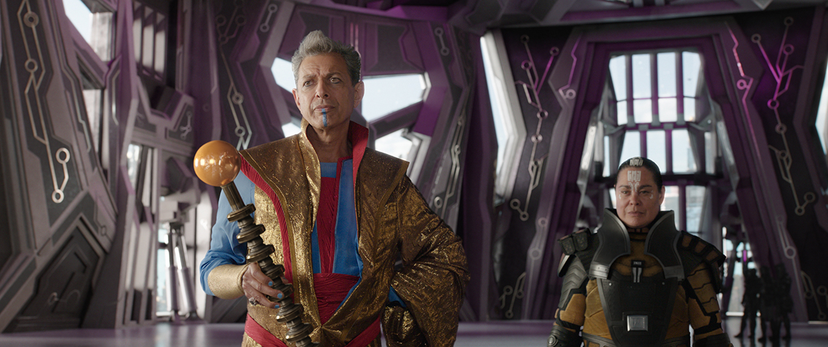 Marvel Studios' THOR: RAGNAROK..L to R: The Grandmaster (Jeff Goldblum) and Topaz (Rachel House)..Ph: Film Frame..©Marvel Studios 2017
