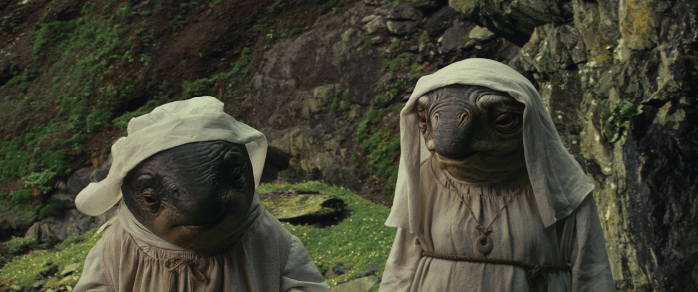 Star Wars: The Last Jedi..Caretakers..Photo: Industrial Light & Magic/Lucasfilm..©2017 Lucasfilm Ltd. All Rights Reserved.