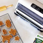 Gluten-free gingerbread cookie recipe & how to store them
