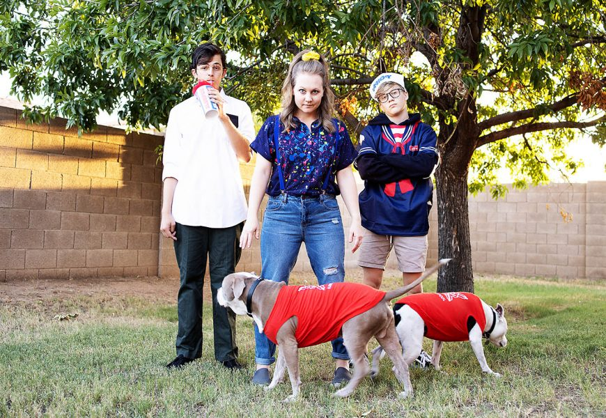 DIY Stranger Things 3 Family Costume Ideas