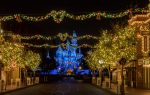 Why You Should Take Your Teens to Celebrate the Holidays at Disneyland